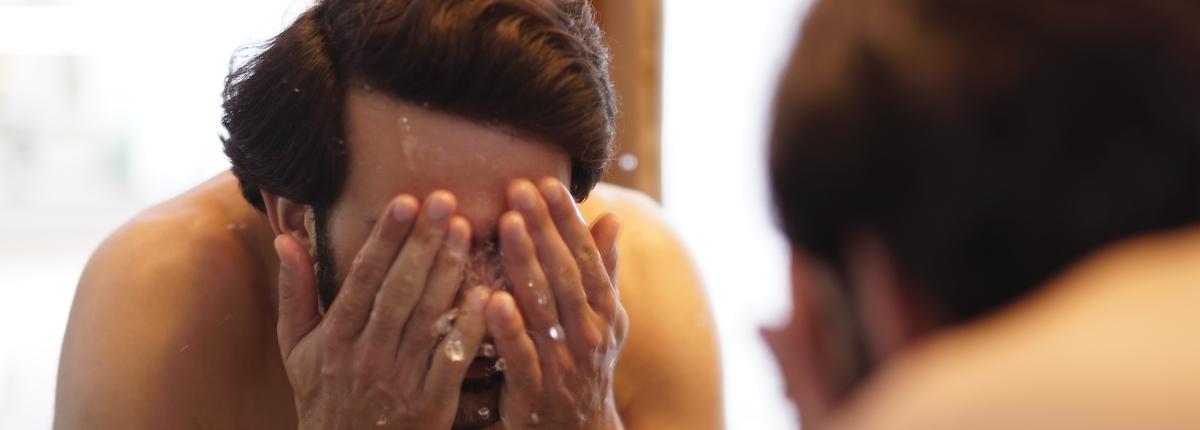 Hautreinigung mit Wasser und richtigen Produkten